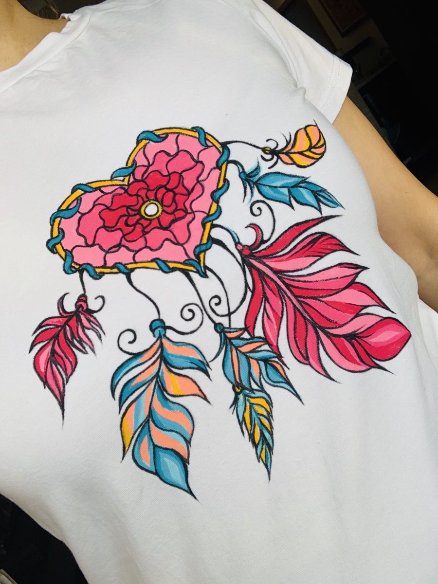 рисувана-тениска